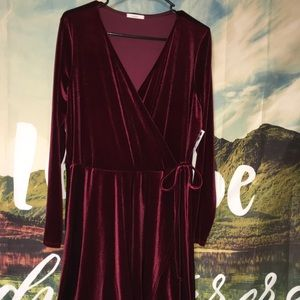 Nanamacs Velvet Dress